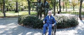 Harold-Elliot-Vietnam-Wall-Memorial