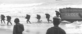 Marines landing at Da Nang beach in 1965 (U.S. Marine Corps)